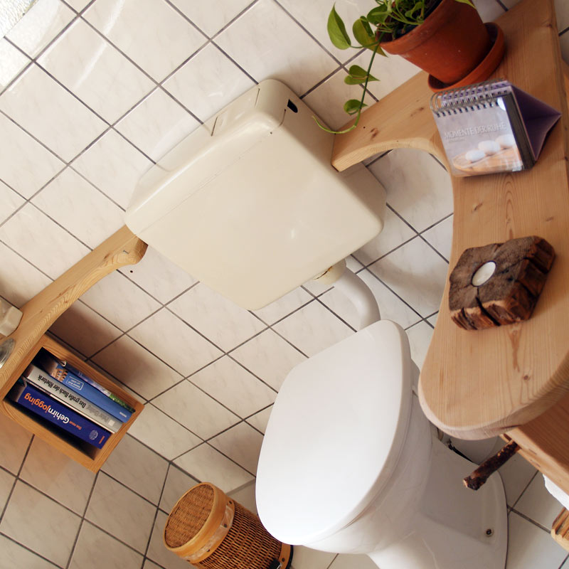 WC Möbel aus Massivholz