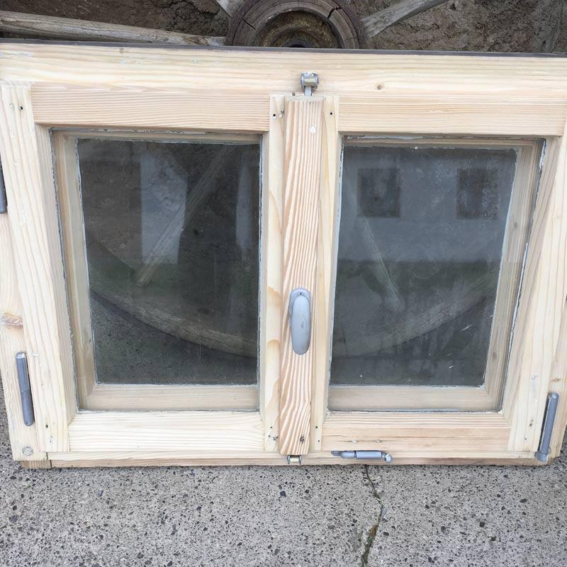 Altes Fenster nach Sandstrahlen