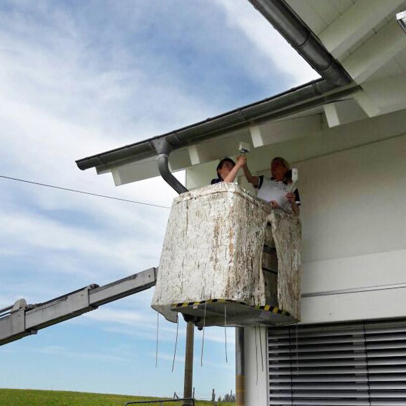 Malermeisterin Susan Menge Fassadenanstrich mit Hebebühne