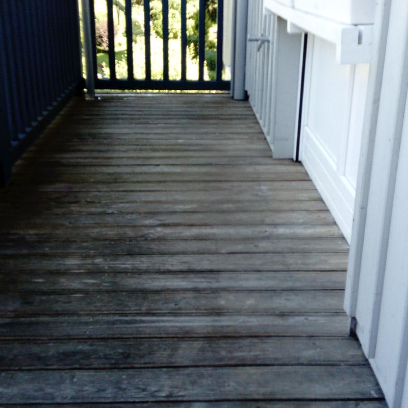 Malermeisterin Menge Renovierung Balkonboden vorher