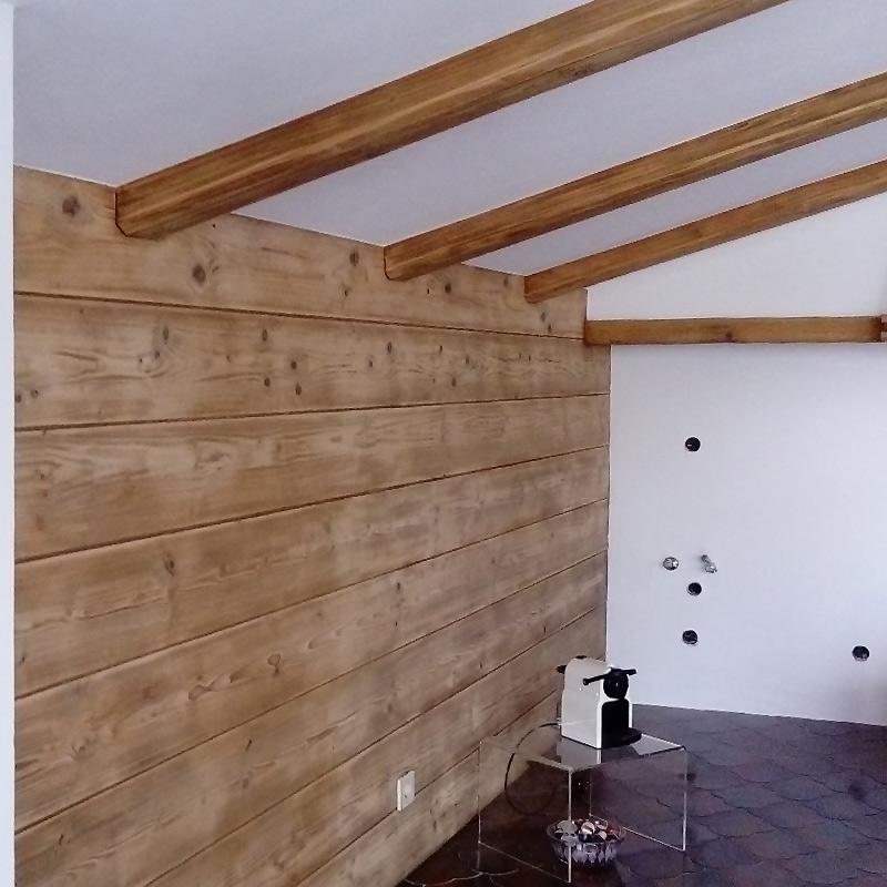 Malermeisterin Menge Renovierung Holz und Putz renoviert